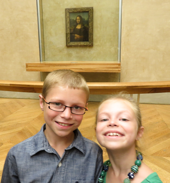 Louvre Mona Lisa - things to do with kids in Paris