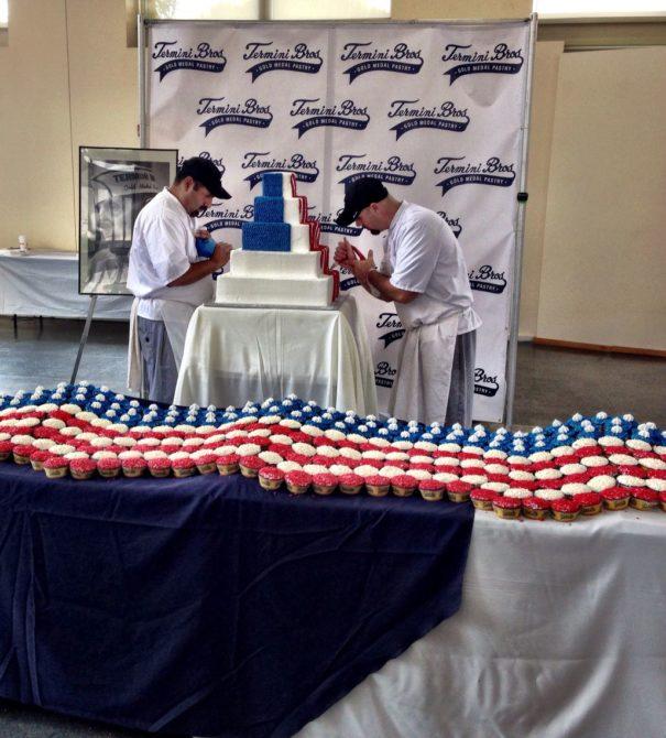Cupcakes at Betsy Ross' Birthday Party