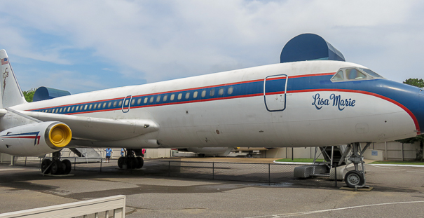 Visiting Graceland with kids - Lisa Marie airplane