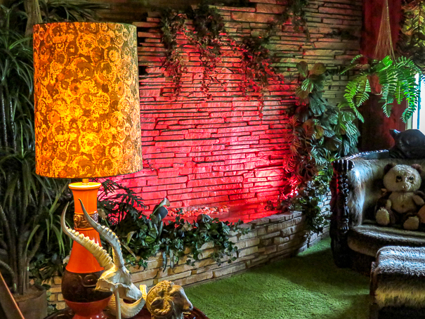 Visiting Graceland with kids - Jungle Room