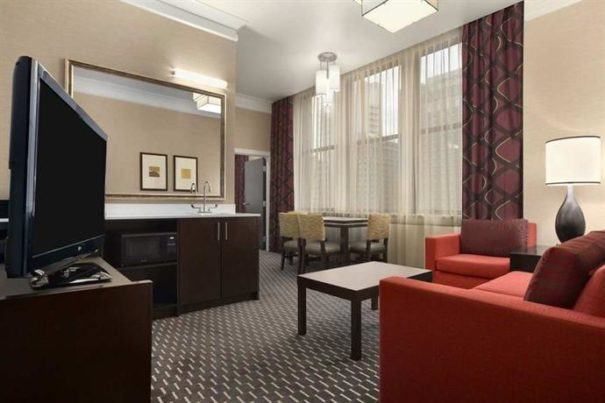Embassy Suites St. Louis – Downtown