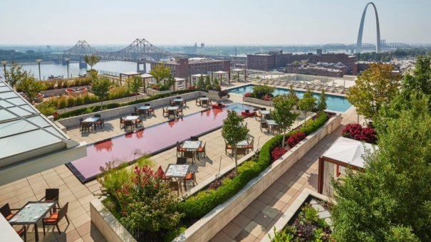 Four Seasons St. Louis - Swimming Pool