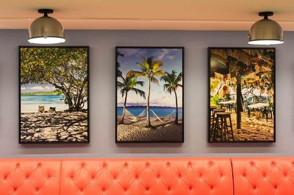 Loews Sapphire Falls decor Universal Orlando Resort
