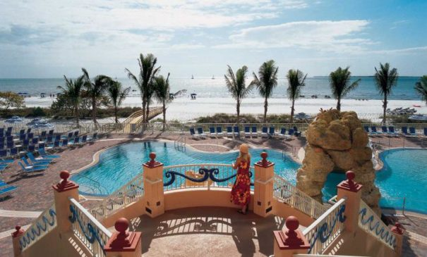 Pink Shell - Best Resorts in Florida for Families
