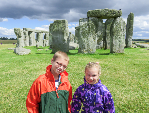 day trips from London to Stonehenge