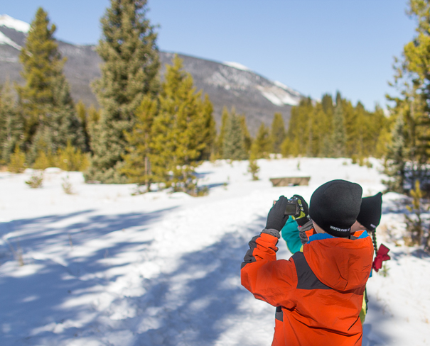 Taking photos of Rocky Mountain National Park with kids