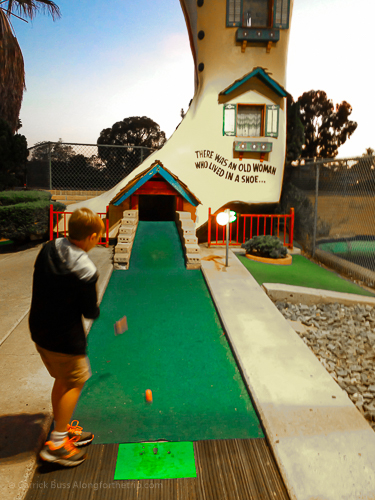San Diego things to do for kids - Mini Golf at Boomers