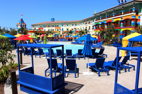 Best family hotels in san diego ca along for the trip for Hotels near legoland with swimming pool