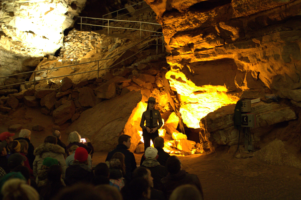 Mammoth Cave activities - Domes and Dripstones Tour