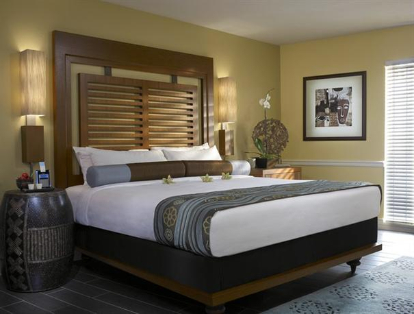 San Diego family hotels - Paradise Point