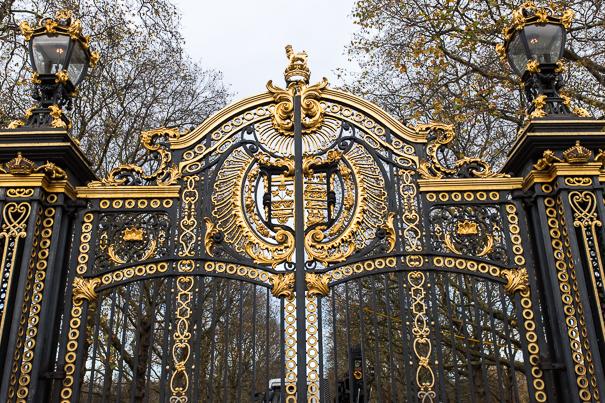 London sightseeing for kids - Buckingham Palace