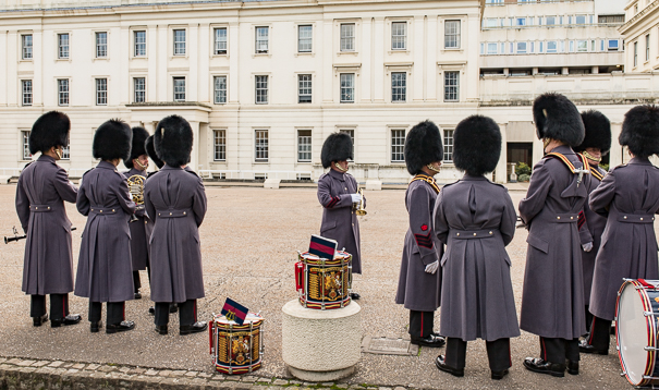Free things to do in London with kids - changing of the guard