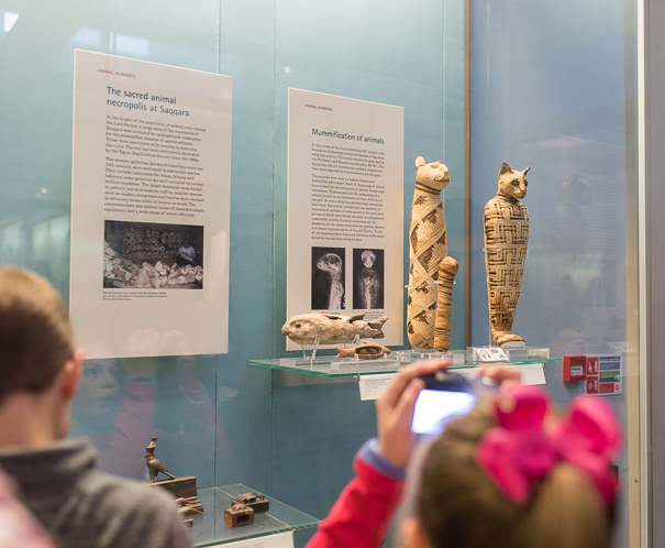 Mummies at the British Museum - trip to London with kids