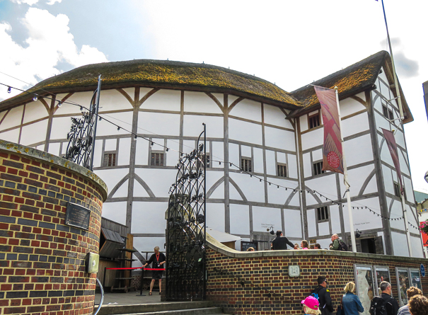 Globe Theater London - London tour with kids