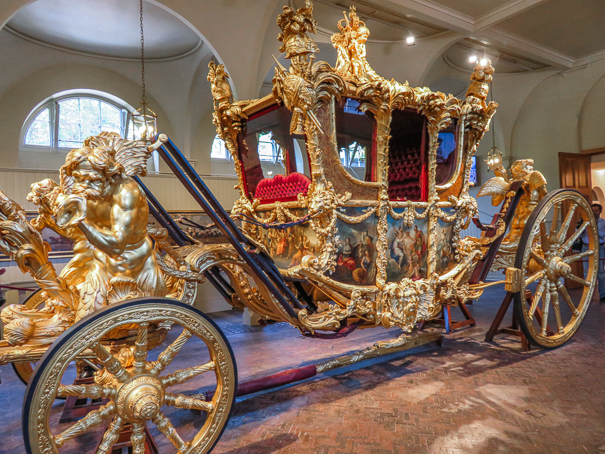 Visiting the Royal Mews in London with kids