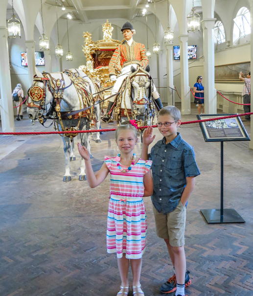 Royal Mews Buckingham Palace in London with kids