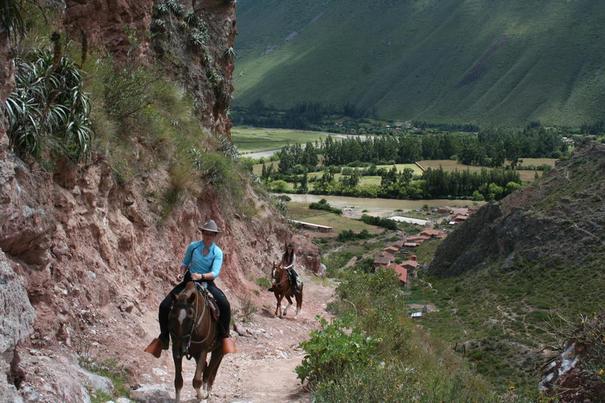 Hacienda del Chalán horseback riding Peru