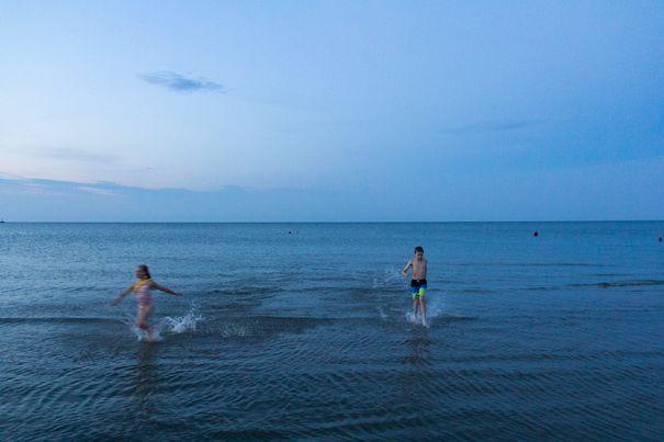 Hotel Breakers Lake Erie