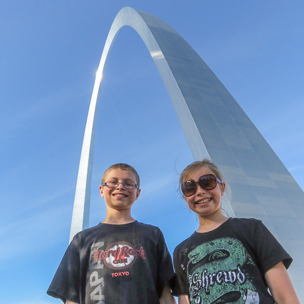 Visiting the Gateway Arch with kids