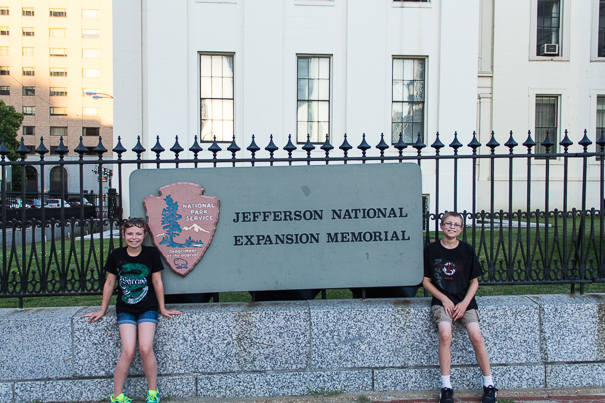Jefferson National Expansion Memorial with kids
