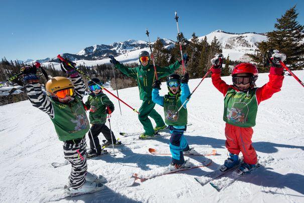 Kids learning to ski in Deer Valley Utah - best ski schools for kids