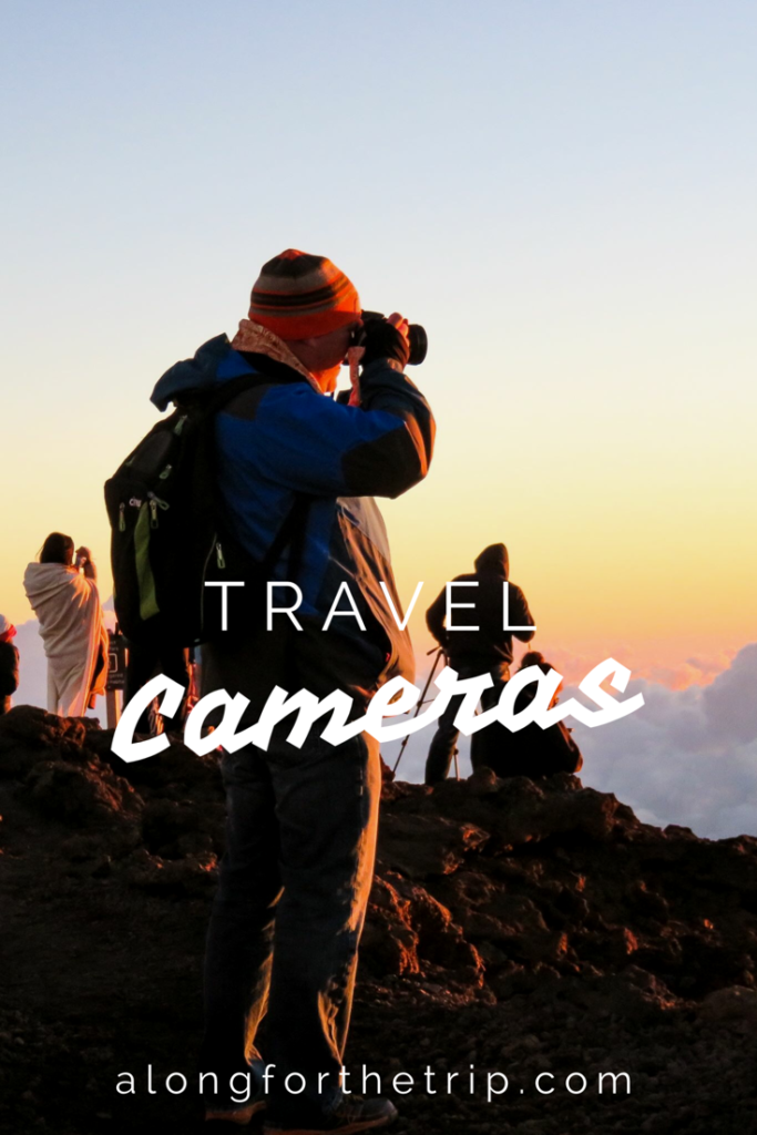 Choosing the best travel cameras isn't hard with the help of our guide. If you're looking for a compact camera that will take great photos on your next vacation, take a look! | #travelcamera #camerareviews
