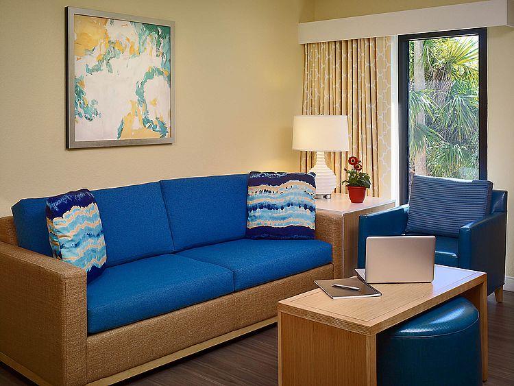 Best kid friendly hotels in Orlando Florida - Floridays Resort Orlando