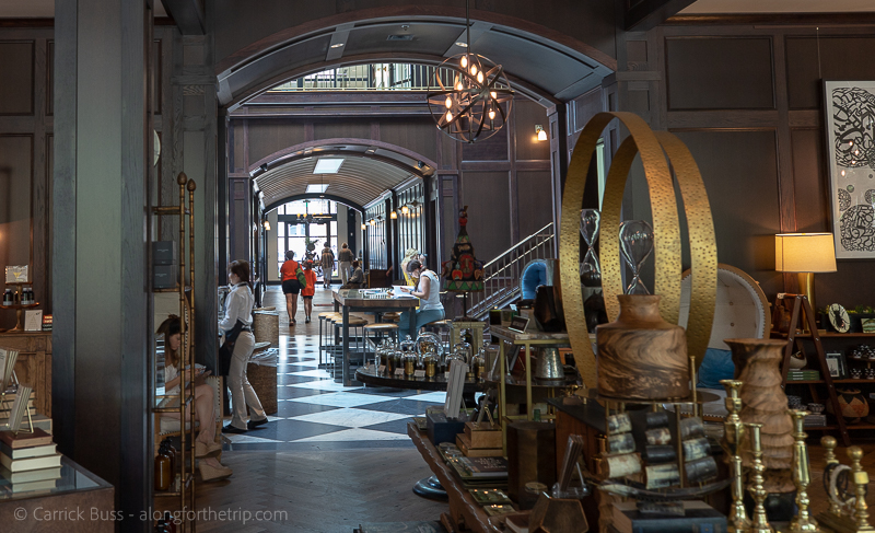 Exploring Oxford Exchange in Tampa - best places for lunch in Tampa Bay