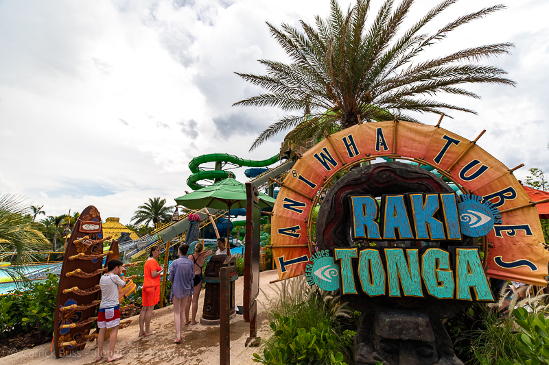 Volcano Bay rides - Raki and Tonga
