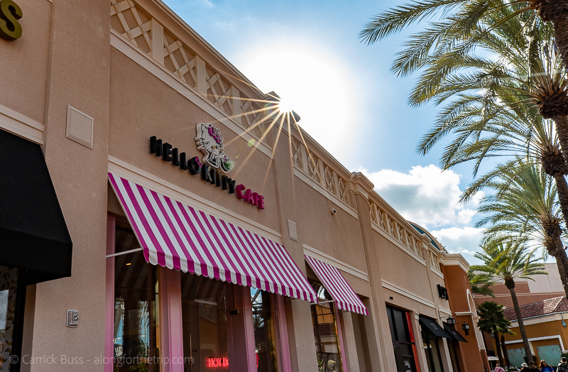 Stuff to do in Irvine - Hello Kitty Cafe