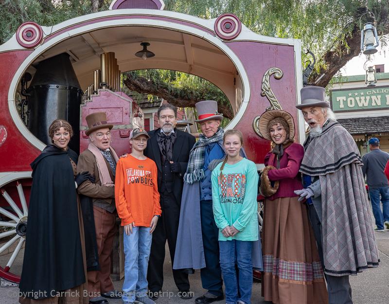 Knott's Merry Farm Cast