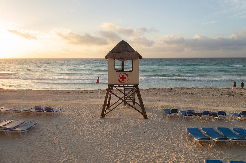 Family Mexico holidays at the Marriott Cancun Resort - best kids resorts in Mexico