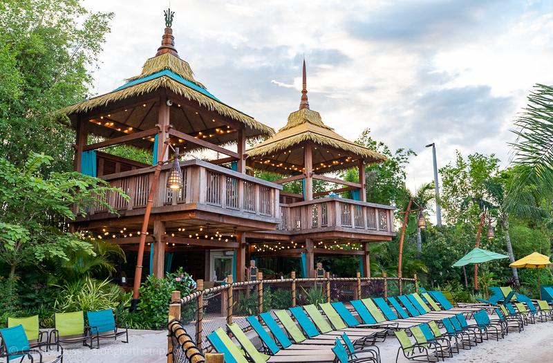 Cabana rentals - Universal Studios Orlando insider tips