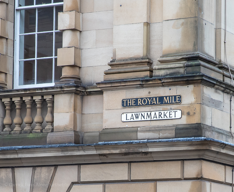 Explore the Royal Mile - free things to do in Edinburgh