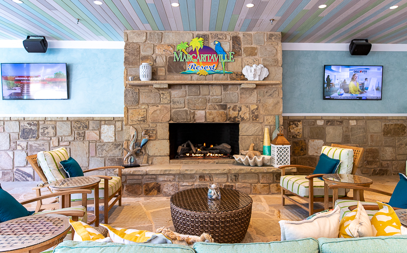 Margaritaville Resort Gatlinburg fireplace