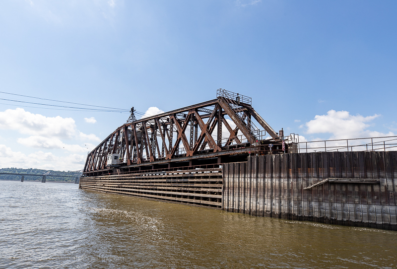 Cruise the Mississippi in Dubuque