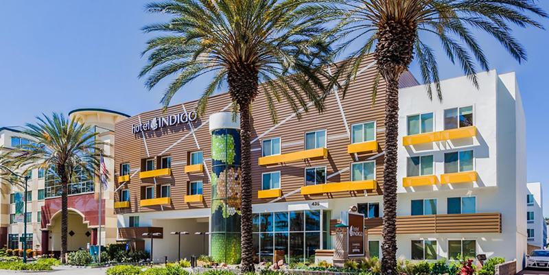Hotel Inidigo - hotels next to Disneyland